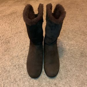 UGG brown wedge boots Sz 9